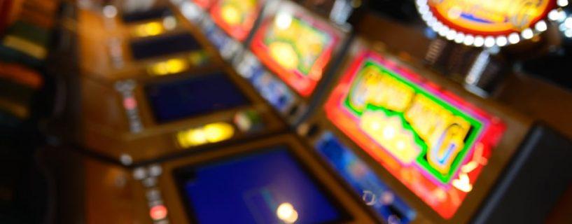 อย่าเลือกเล่น Multiple pay line slots เกมสล็อตที่ชนะได้หลากหลายรูปแบบ