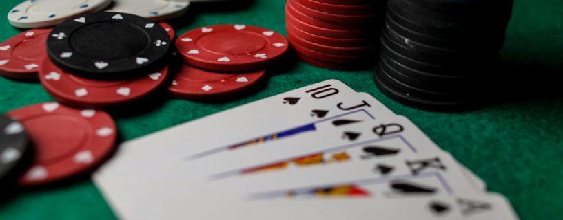 เรียงลำดับความใหญ่ในเกมไพ่โป๊กเกอร์ Poker 2#