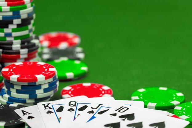 เล่นป๊อกเด้ง กลยุทธ์การเล่นอย่างไร ให้คว้าชัยชนะ